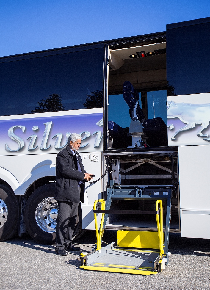 Charters fox tours silver fox motor coaches Handicap wheelchair